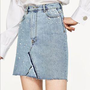 Zara: Light Wash Pearl Embellished Denim Skirt